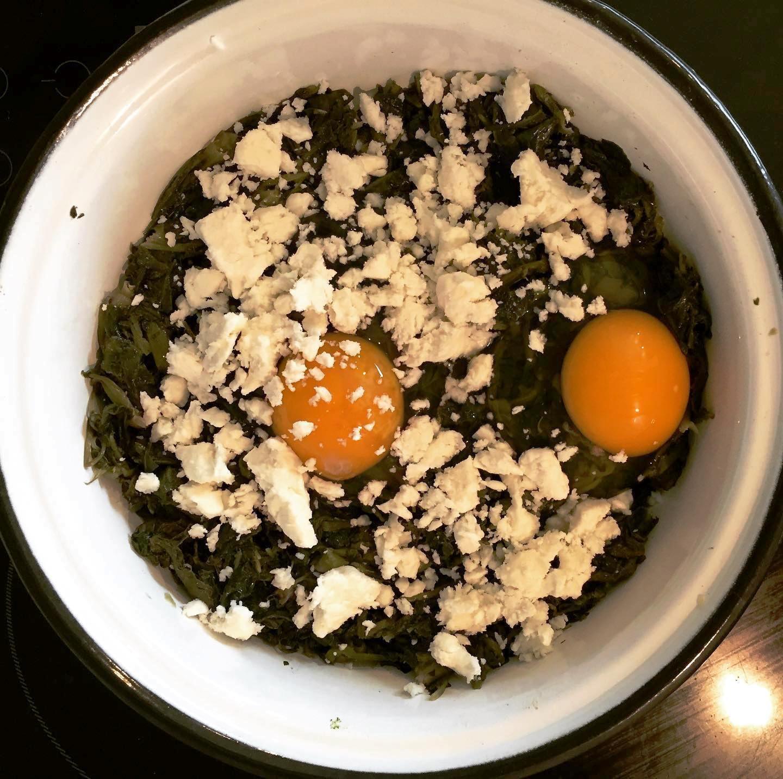 ζοχοί με ραδίκια και αυγά