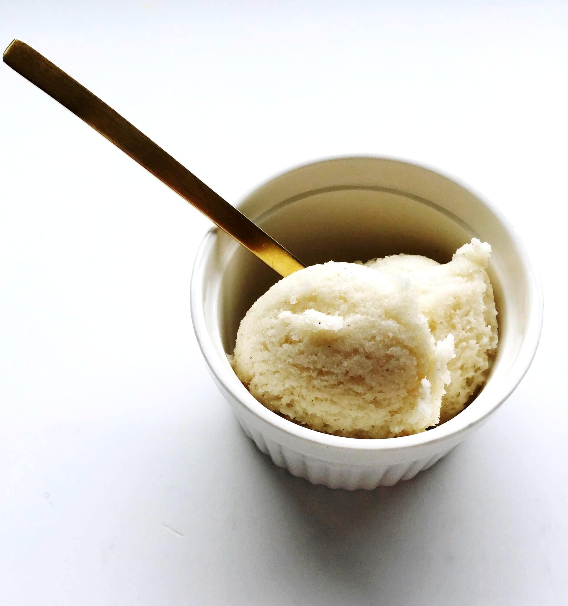 Δεν υπάρχει πιο καλοκαιρινό παγωτό απ'το καϊμάκι! Δεν υπάρχει πιο δροσιστικό άρωμα απ'αυτό της μαστίχας!